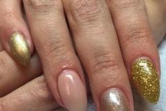nehtová modeláž, nehtový design, manikúra, svatební nehty